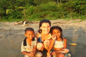 volunteer while you learn Spanish at the Pacific coast of Ecuador