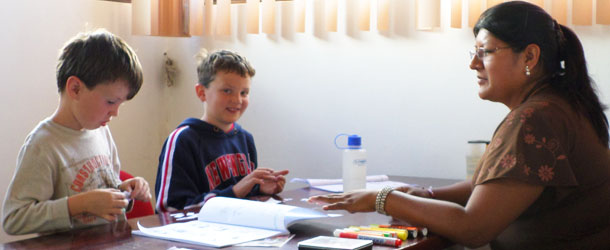Spanish classes for children in Ecuador with Yanapuma - we specialize in teaching children