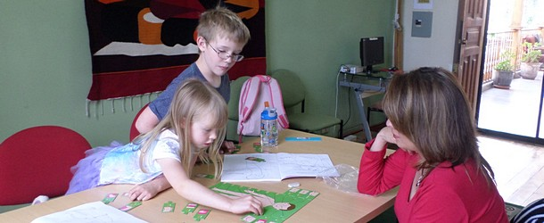 Spanish for children in Quito - Yanapuma teaches the Spanish language to many children each year