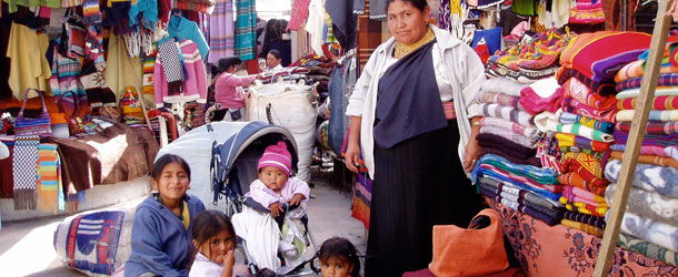 the market town of Otavalo in Ecuador - spanish students visit local sites